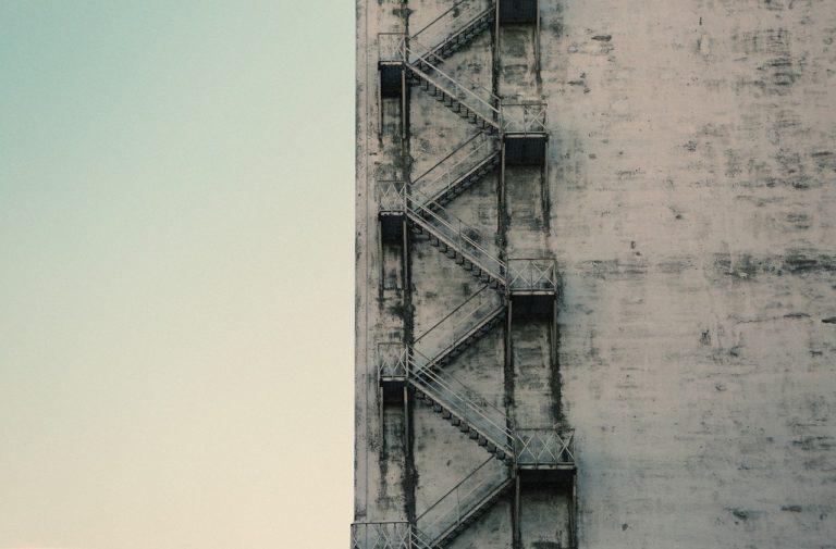 stairwell-406964_1280